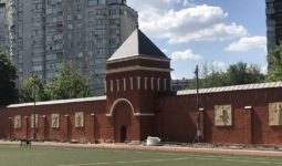 Стена монастыря 2